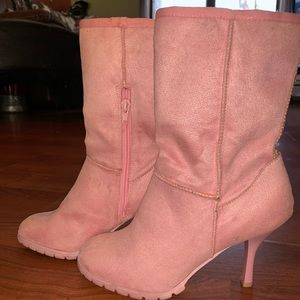 DollHouse ankle boots